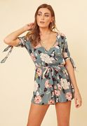 GREEN FLORAL WRAP TIE SLEEVE PLAYSUIT SIZE 8, 10, 12, 14